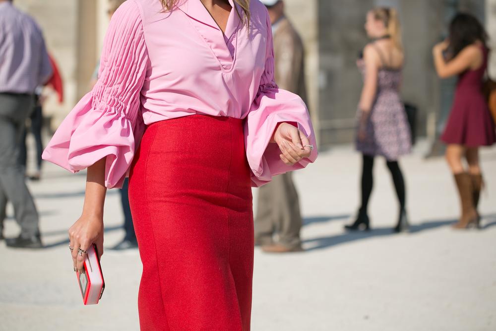 Come abbinare il rosa. Outfit e abbinamenti di stile