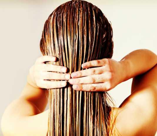 Maschera per capelli crespi fai da te