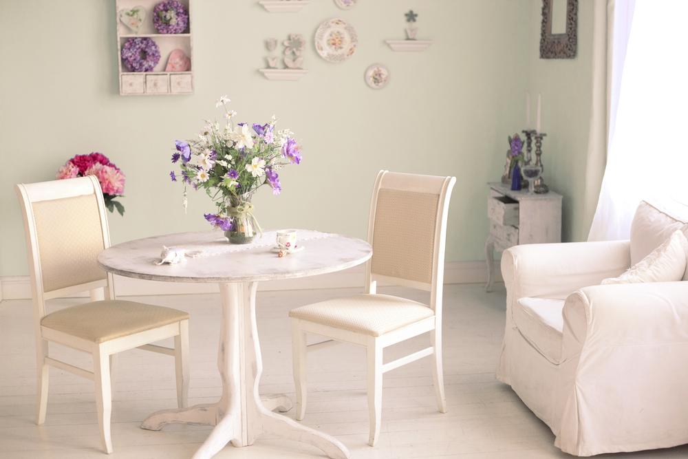 Credenza Con Vetrinetta Ikea : Shabby chic ikea idee di arredamento a portata portafoglio