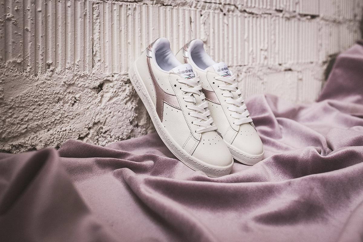 Sneakers Diadora per AW LAB primavera-estate 2018 641a2d08c77