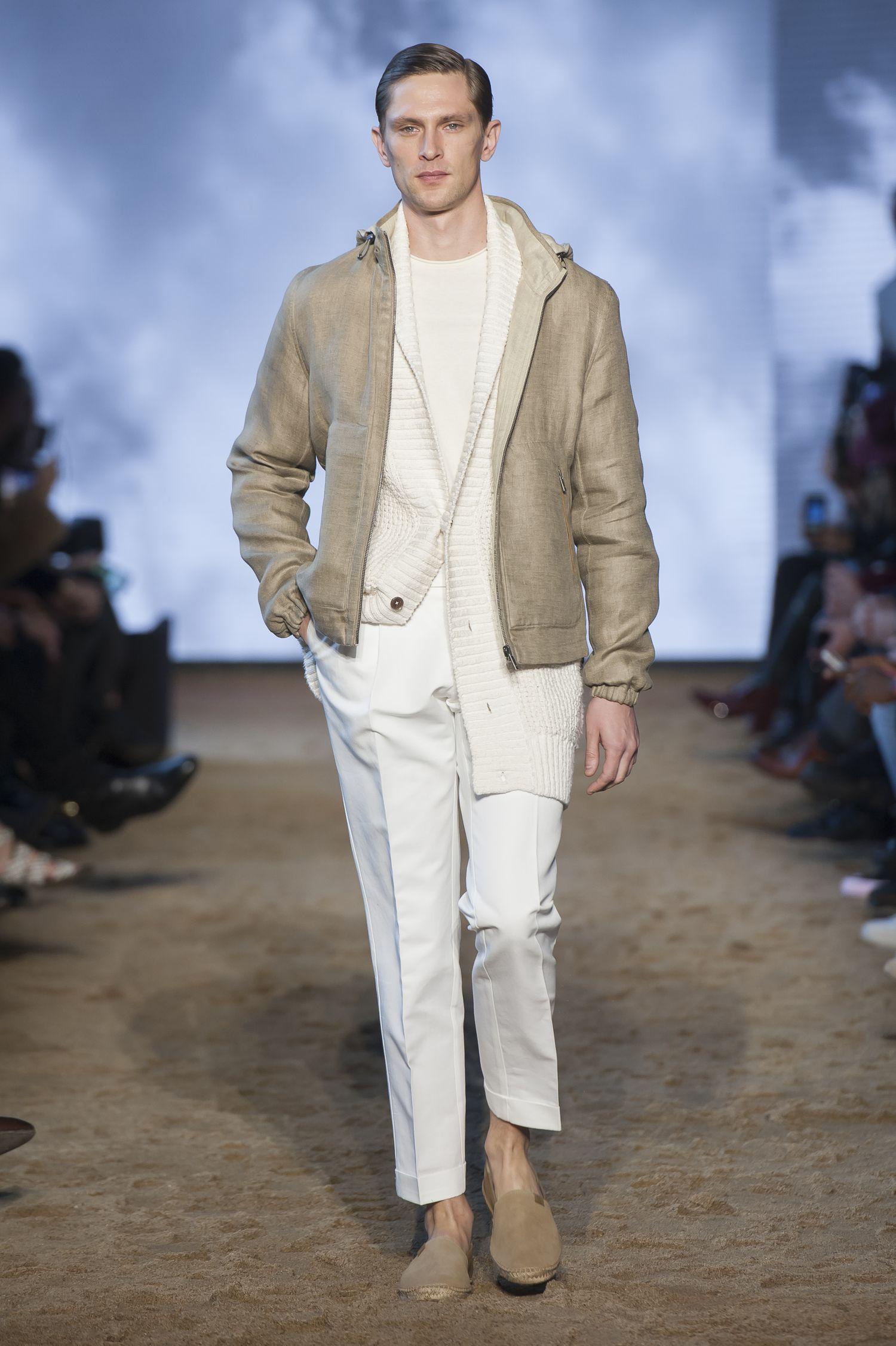 Outfit Matrimonio Uomo Estate 2018 : Massimo dutti a parigi sfila la collezione di moda