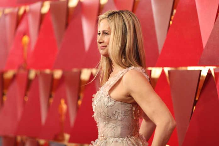 Oscar 2018 look Mira Sorvino
