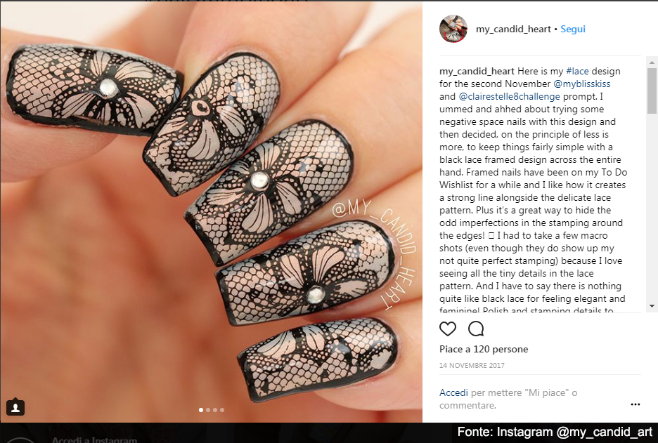 Nail stamping effetto pizzo - Fonte: Instagram @my_candid_art