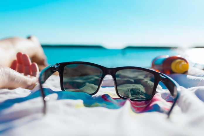 occhiali da sole con telecamera